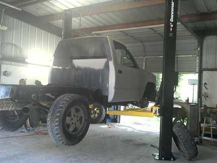 Dannmar D10-ACX Two Post Lift - Chad's Auto Repair